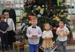 в Центре детского творчества и семейного досуга «Ковчег» г.п. Кратово прошел Рождественский праздник
